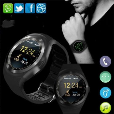 Y1X Smartwatch 1.4″ inch Round Color Screen + IPX7 Sweatproof Headphones Wireless Technology Bluetooth Combo Offer